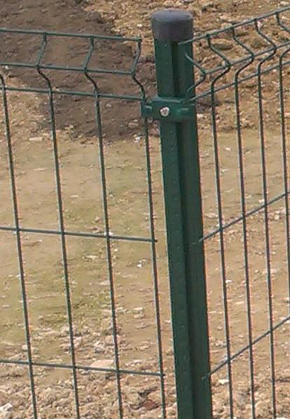Stĺpiky k plotovým panelom PVC